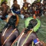 7. La Convention 169 de l'OIT, ratifiée en 2002 par le Brésil, impose la consultation des peuples indigènes avant le lancement de travaux d'«aménagement» sur leurs territoires.