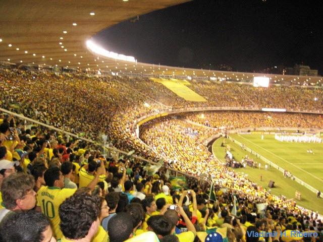 Le stade du maracan brasil passion for Le stade du miroir